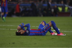 Immgine emblematica della serata blaugrana: Neymar in lacrime a fine partite