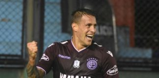 German Denis, Lanus 2017/18